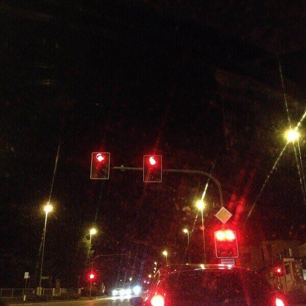 Luci rosse nella notte di Bellusco: sono i maledetti semafori!